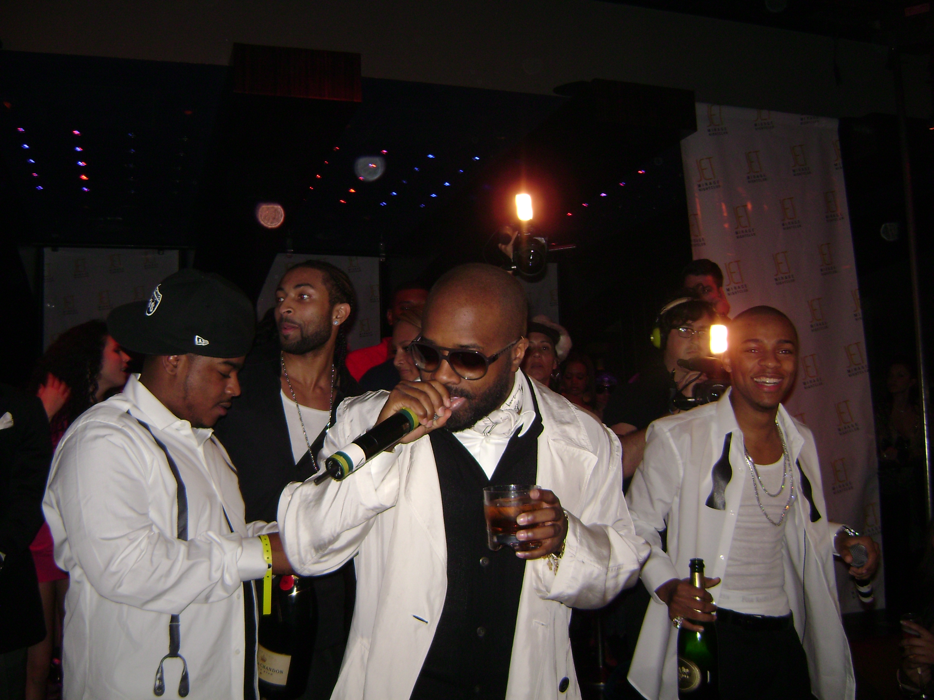 DJ Quick Djing In Las Vegas For Bow Wow's 21st B.D. With JD, Snoop, & Swiss Beats Pic 3