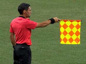Misinterpreted flag signal leads to goal that shouldn't have counted