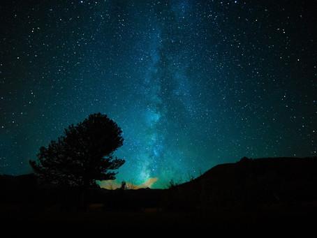 Confusion entre l'humanité et l'univers