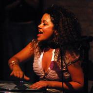 Ariane Neves