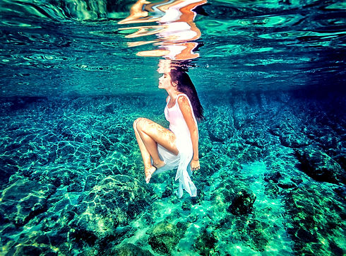 Beautiful%20dance%20underwater%2C%20gorg
