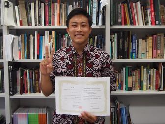 インドネシア語スピーチコンテストで最優秀賞と優秀賞を受賞しました。