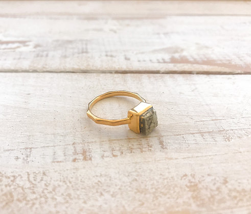 Ouro ring