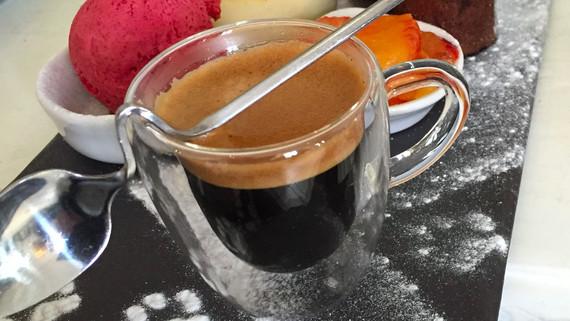 Café...trop...gourmand!