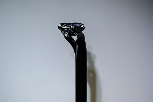 Veloci 15mm offset Seat Post