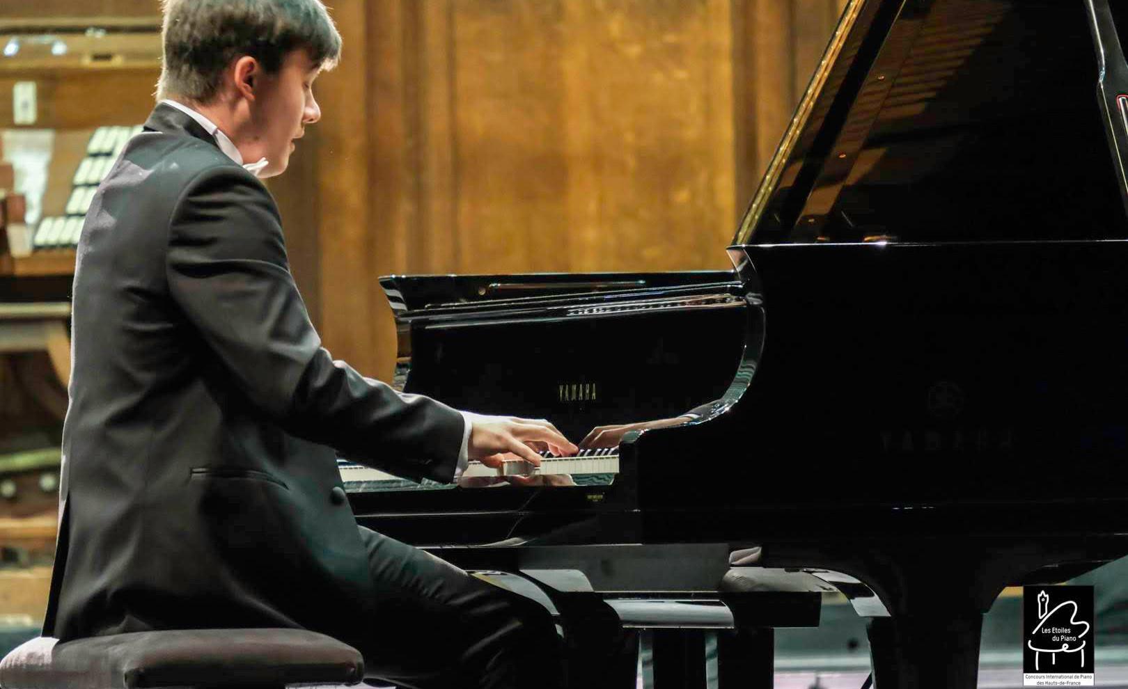 Tagir Kamaltdinov (Russie) 3ème prix des Etoiles du piano en 2019, en audition
