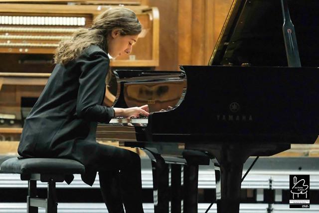 Irma Gigani (Géorgie) 2ème prix des Etoiles du piano en 2019, en audition.