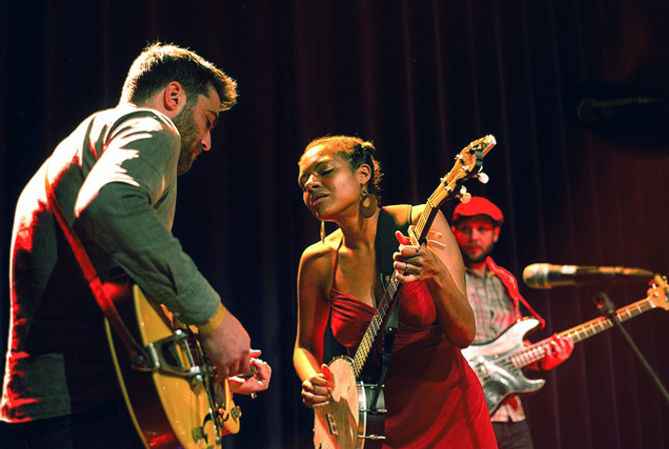 bluegrass festival, romantic weekend getaway, theaters in wisconsin dells