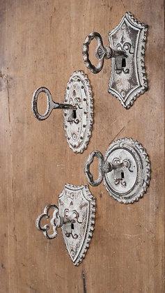 Vintage Key Metal Hooks - Set of 4