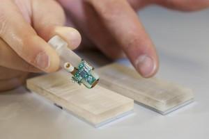 Un « doigt électronique » pour amputés qui imite un vrai membre