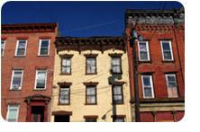 D'autres facteurs influencent les risques : type de bâtiment, nombre d'étage, etc..