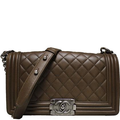 Chanel Medium Boy Braun