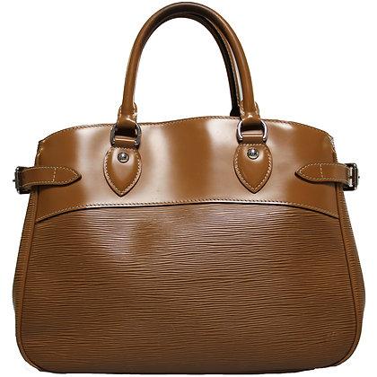 Louis Vuitton Passy Canelle