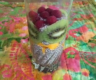 Chia Pudding with Mango, Kiwi & Berries