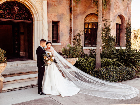 Emerald Wedding Styled Shoot at The Howey Mansion