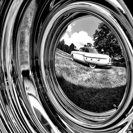 Hubcap Mirror