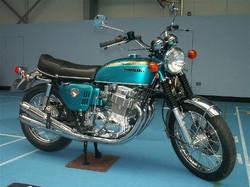 Honda CB750 Blue/Green Sandcast