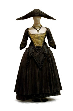 Costume et chapeau d'époques du Musée d'histoire de Strasbourg