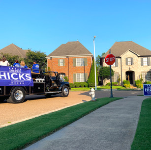 hicks dropping off signs.jpg