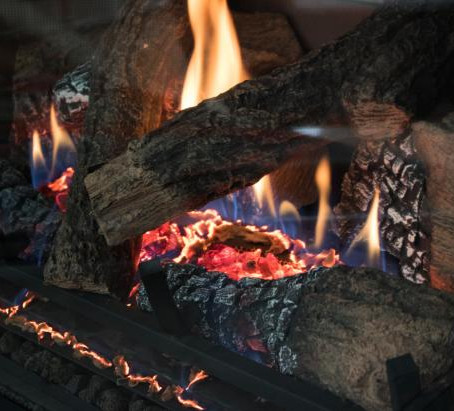 Get Cozy: Choosing a Gas Fireplace for your Home