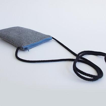 Funda de móvil (blanco y negro-crem. azul)