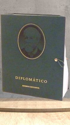 Diplomatico Reserva Don Juancho gift book
