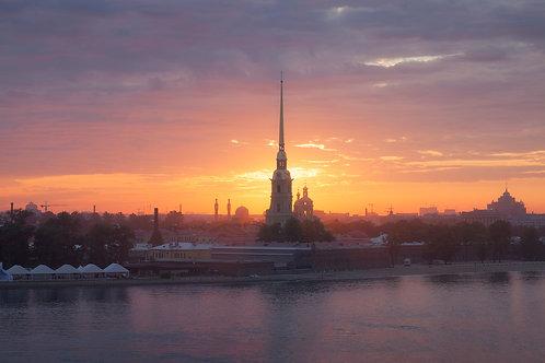 Aleksandr Riabenkii. Sonnenaufgang nach dem Feiertag, 2013