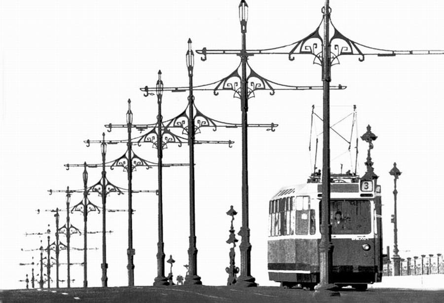 Tram, 1977
