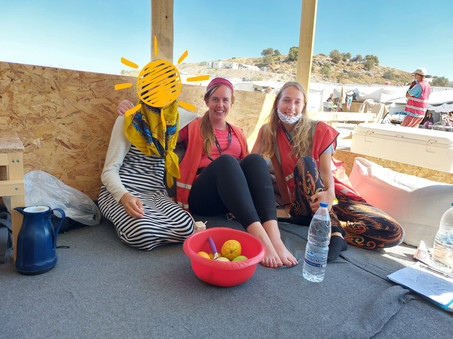 BLOG LESVOS | A glimpse of the camp