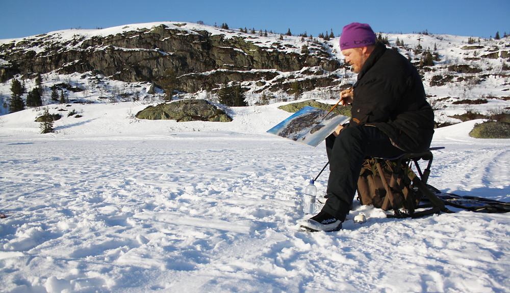 Jonny Andvik bruker landskapet som arbeidsrom. (Foto: Privat)