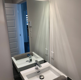 Bathroom mirror Montreal