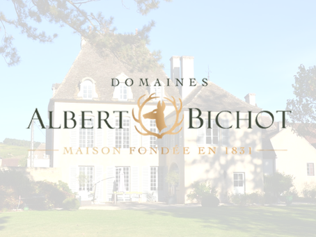 Special Offer! 2007 Albert Bichot Domaine du Pavillon Meursault Les Charmes 1er Cru at HK$420/Bt+