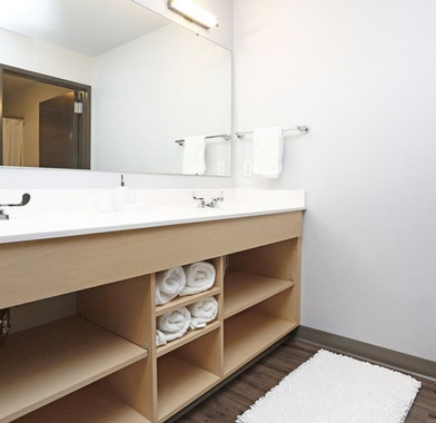 Bath(1).jpg
