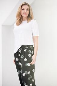 lin t-shirt silkebukse blomster