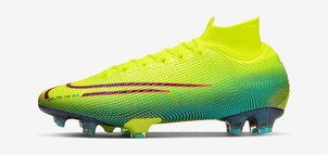 Kylian Mbappé Football Boots Nike Mercurial Superfly VII Elite Dream Speed 2