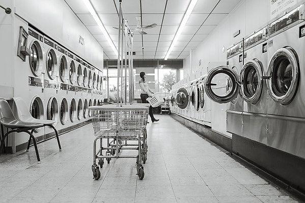 laundry-saloon-567951_640.jpg