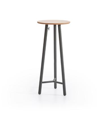 Bold bar table