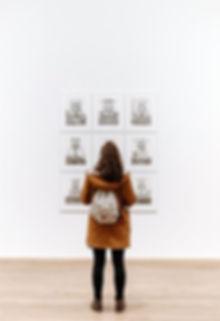marcos Guatemala enmarcado titulo cuadros molduras enmarcar fotos fotografias diplomas reconocimientos fabrica venta comprar pinturas arte patentes licencias telas universitarios oleo pasteles acuarelas crayon bordados