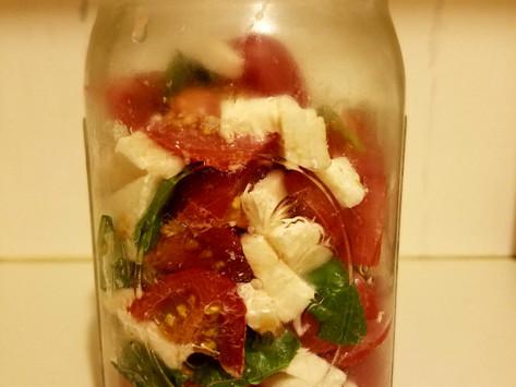 Caprese Salad (in 5 Minutes)