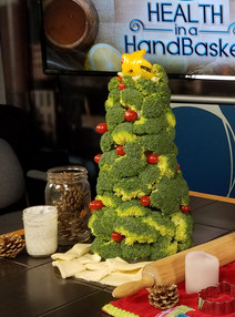 Broccoli Christmas Tree & Dill Dip