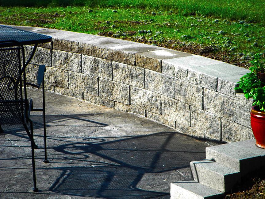 Stone Veneer Retaining Wall in Patio