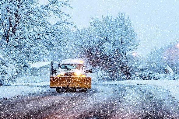 Residential Snow Plowing.jpg