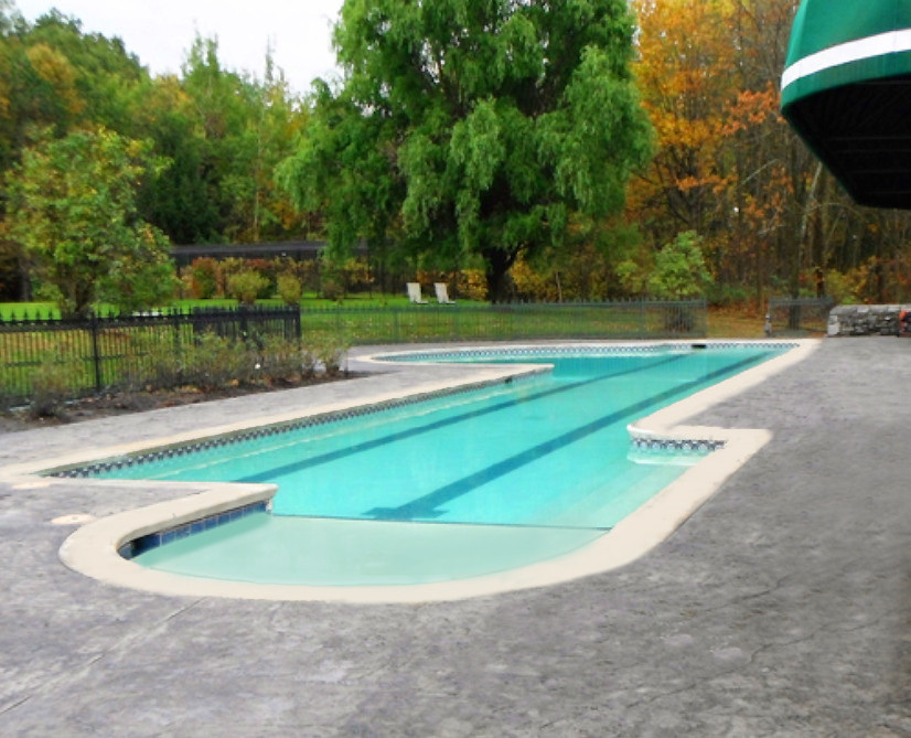 Pool deck made of stamped concrete