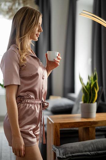 Ženska svilena pižama - kratka