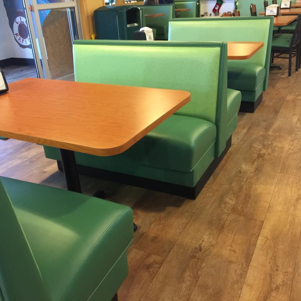 Cone Corral & Pizzeria - Elk Rapids