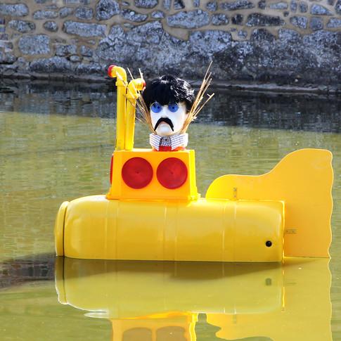 4 - Yellow Submarine