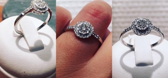 Bague Joaillerie, pavage diamants 0.25cts g/h. Or blanc 750ème.