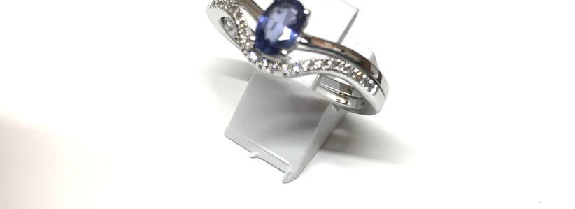 New, Joaillerie Garden Party, Saphir de Ceylan diamants monture or blanc 750.