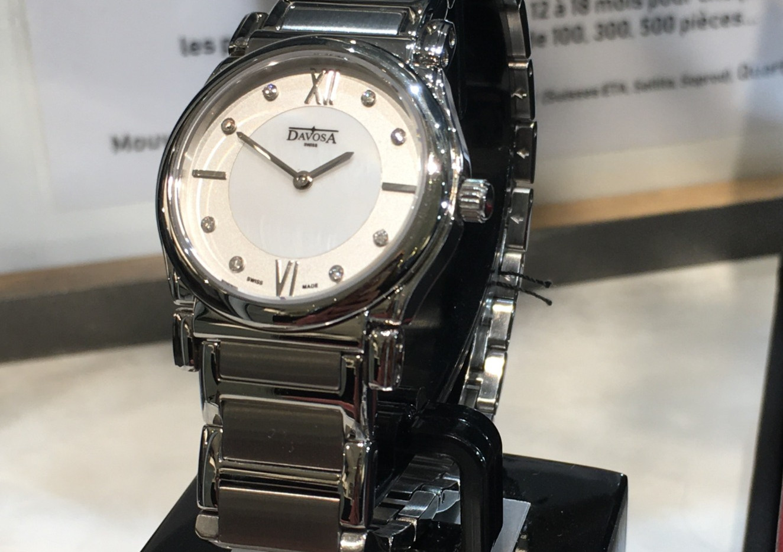 Davosa Memory, fond nacre & diamant, acier. 399€