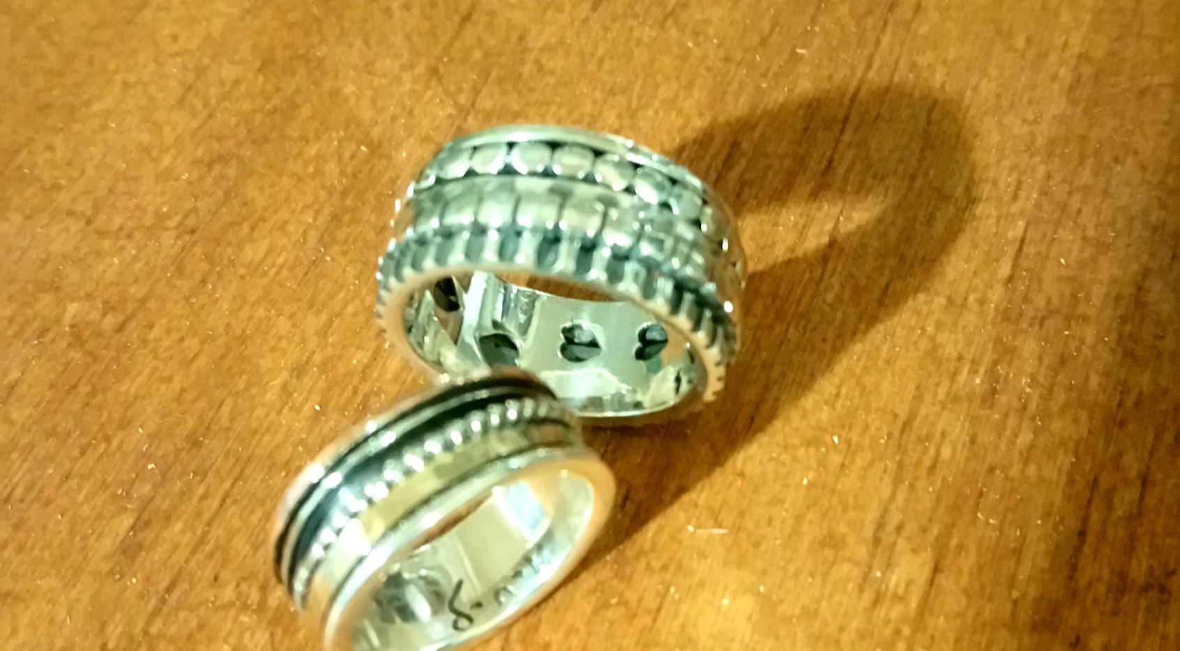 Elle & Lui anneaux mixte, parfait accords. Idéale pour un pacs! Anneaux de méditation argent 925, finition main. THEMA